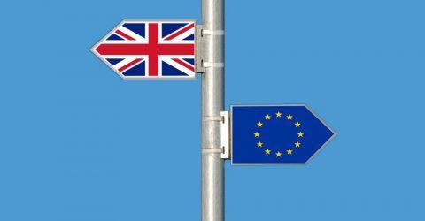 Prečo sa oplatí v UK požiadať o permanentnú kartu rezidenta – Permanent Residence Card