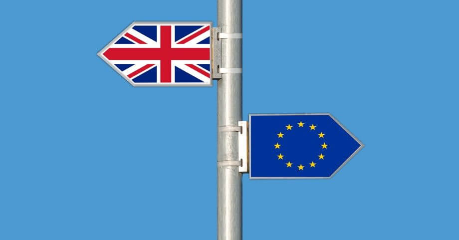 Prečo sa oplatí v UK požiadať o permanentnú kartu rezidenta - Permanent Residence Card