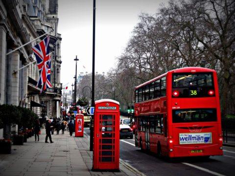 Potrebujem UK registračný certifikát – Registration Certificate a rezidenčnú kartu – Residence Card?